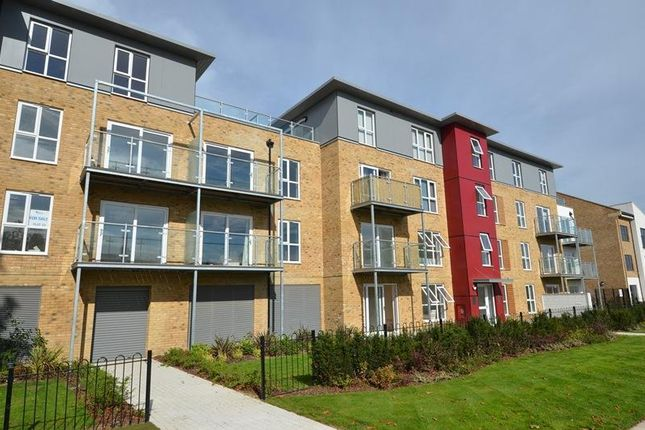 Thumbnail Flat to rent in Brecon Lodge, Wintergreen Boulevard, West Drayton