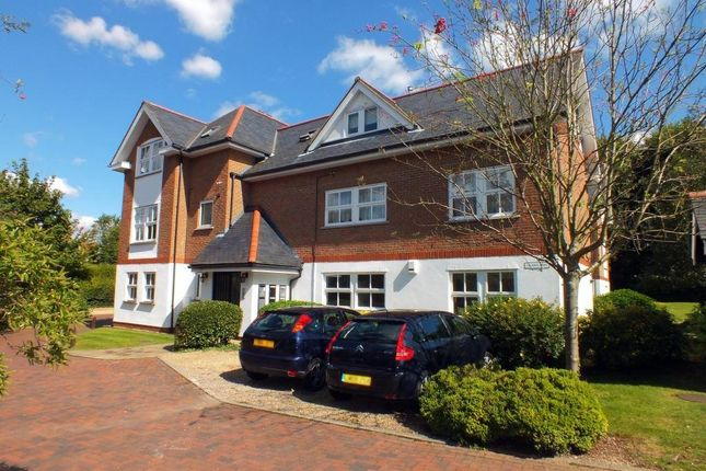Thumbnail Flat to rent in Poets Court, Harpenden