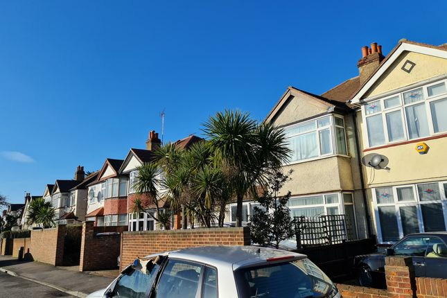 1 bed semi-detached house to rent in Hook Rise North, Tolworth KT6