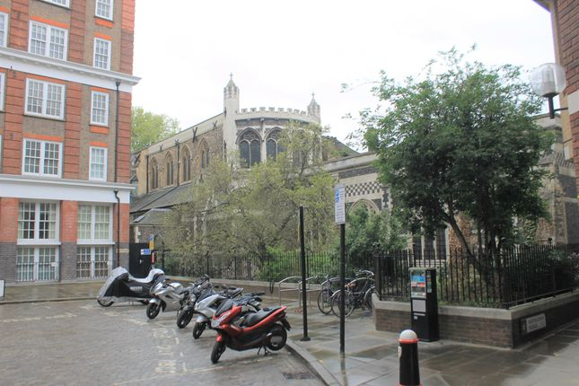 Thumbnail Flat for sale in Askew House, Barts Square, West Smithfield, London