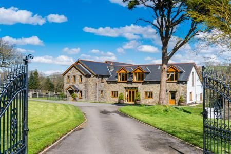 Thumbnail Property for sale in Tyllwyd Road, Neath