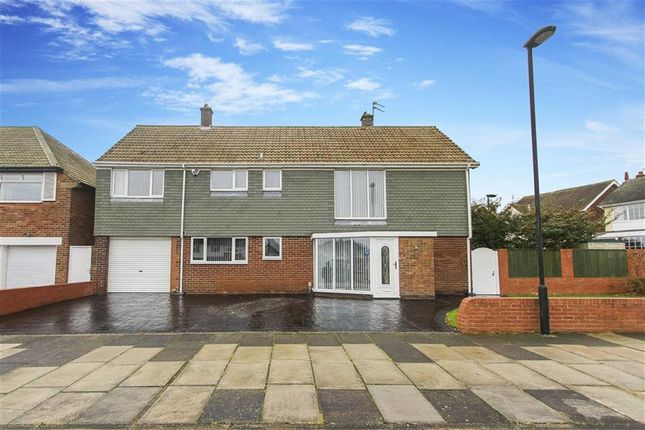 Thumbnail Detached house for sale in Beach Road, Tynemouth, Tyne And Wear