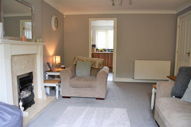 Living Room (3) of Charles Avenue, Oakes, Huddersfield HD3