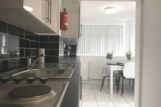 Thumbnail Shared accommodation to rent in Spenser Street, Bootle, 4 Ensuite Rooms Available