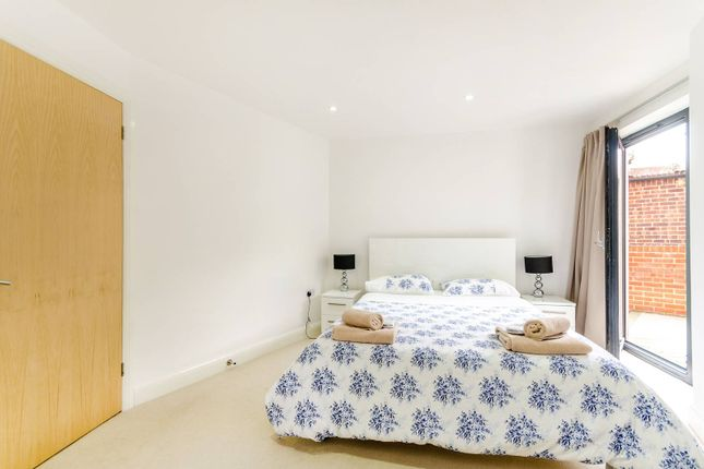 Thumbnail Flat to rent in Surbiton Hill Road, Surbiton