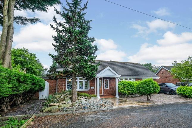 Thumbnail Bungalow for sale in Knutsford Walk, Lydiate, Liverpool