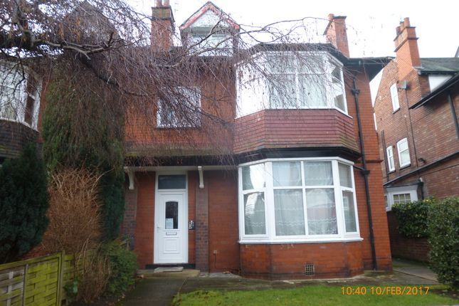 Studio to rent in Windsor Road, Doncaster
