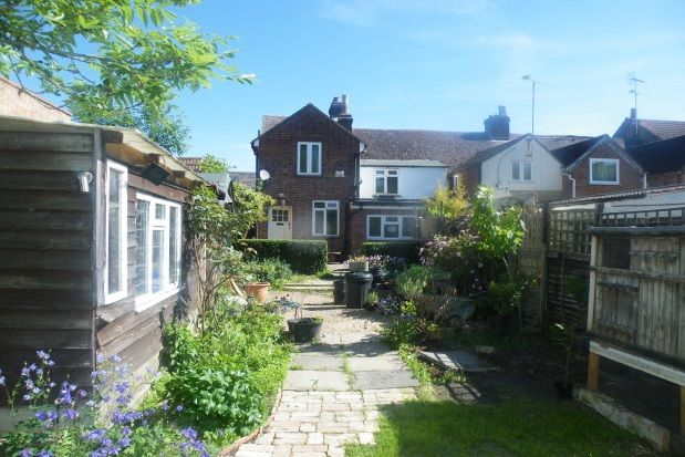 4 bed property to rent in High Street, Clapham, Bedford