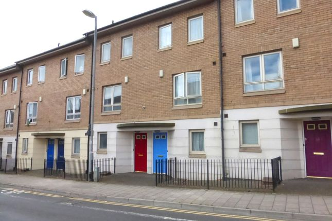 Thumbnail Property to rent in Market Street, Exeter
