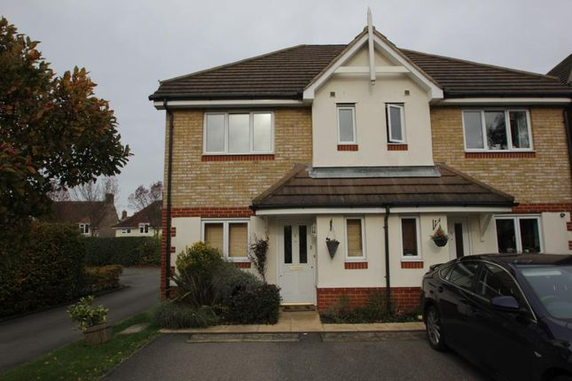 3 bed semi-detached house to rent in Campbell Close, Byfleet, West Byfleet