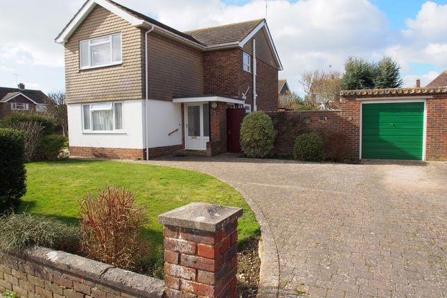 Thumbnail Flat to rent in Falmer Close, Goring-By-Sea, Worthing