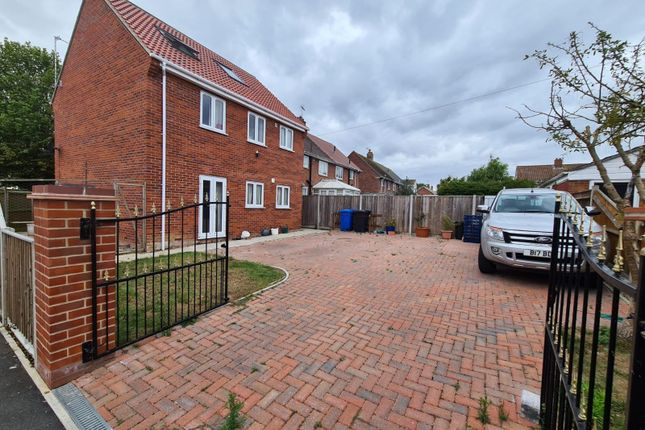 4 bed detached house to rent in Westwood Avenue, Lowestoft NR33