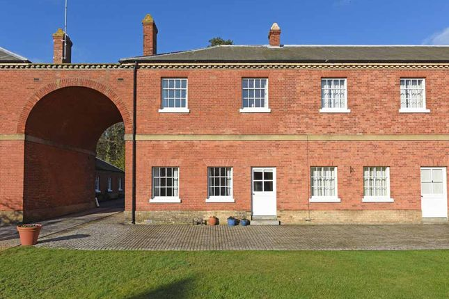 Mews house to rent in Sudbourne Park, Orford, Suffolk