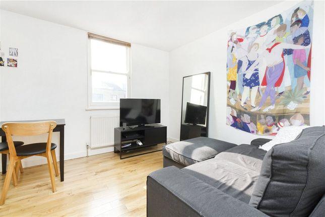 Thumbnail Flat to rent in Redchurch Street, Brick Lane, London