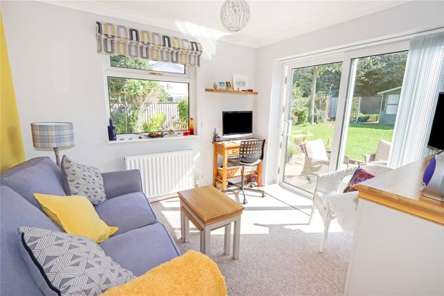 Picture No. 10 of Lagoon View, West Yelland, Barnstaple EX31