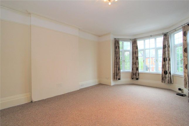 Thumbnail Flat to rent in Hanger Lane, Ealing, London