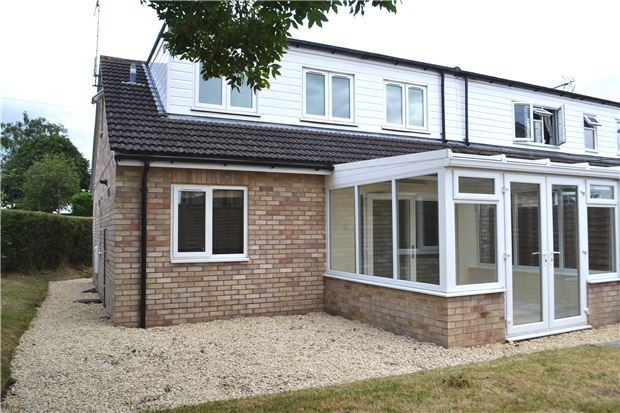 3 bed end terrace house for sale in Colville Close, Bampton, Oxfordshire