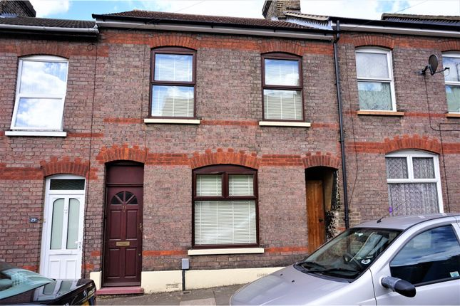 Thumbnail Terraced house for sale in Harcourt Street, Luton