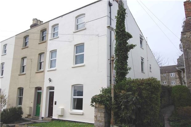 Thumbnail End terrace house for sale in Middle Street, Stroud, Gloucestershire