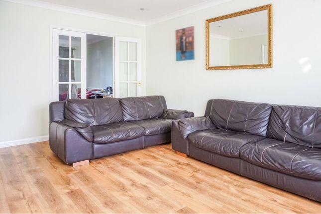 Lounge of Redwood Drive, Basildon SS15