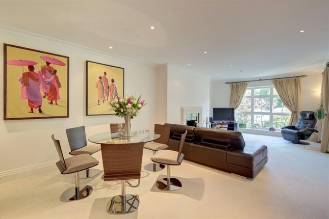 Thumbnail Flat to rent in Mountview Close, Hampstead Way