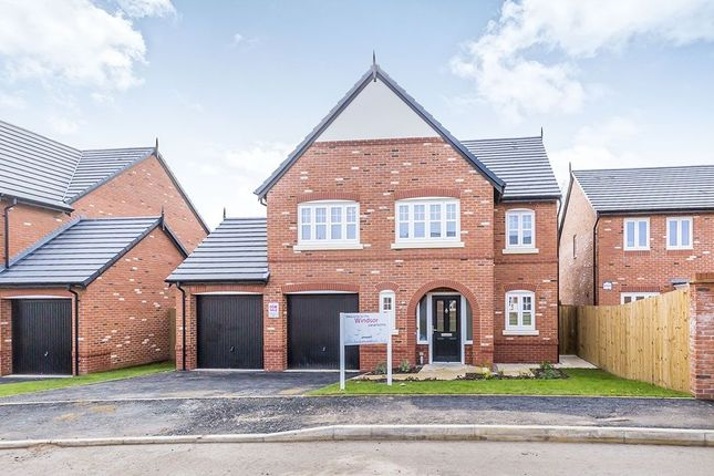 Thumbnail Detached house for sale in Manor Lane, Holmes Chapel, Crewe