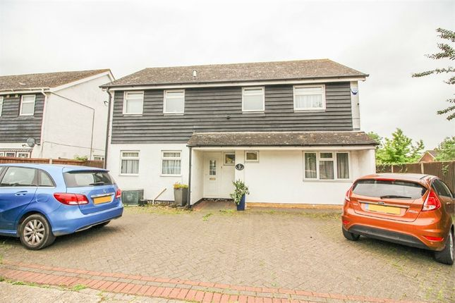Thumbnail Detached house for sale in Sunnycroft, Harlow, Essex