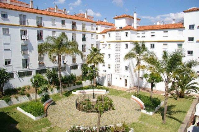 3 bed apartment for sale in Spain, Málaga, Estepona, Estepona Centro