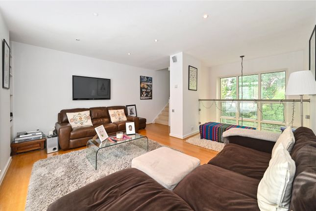 Thumbnail Terraced house for sale in Chandlers Mews, London