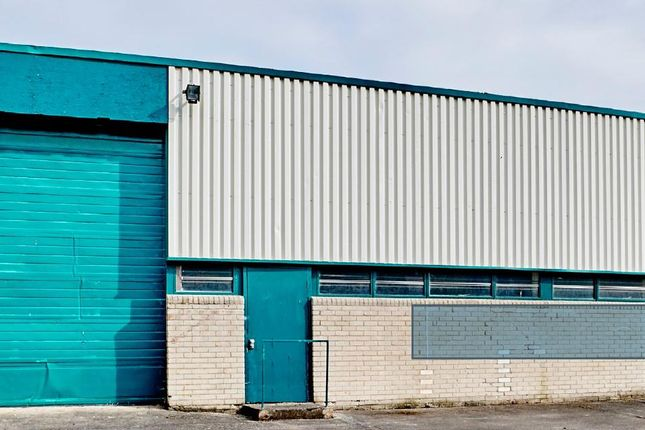 Thumbnail Warehouse to let in Unit 97, Chadwick Road, Astmoor Industrial Estate, Runcorn, Cheshire