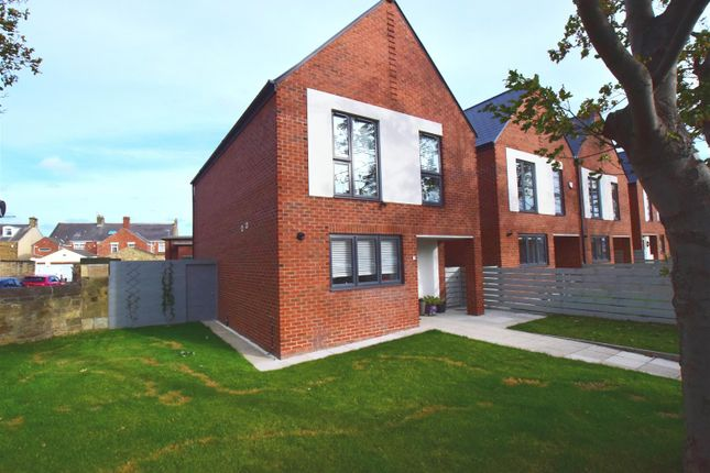 Thumbnail Detached house for sale in Gibson Street, Newbiggin-By-The-Sea, Northumberland