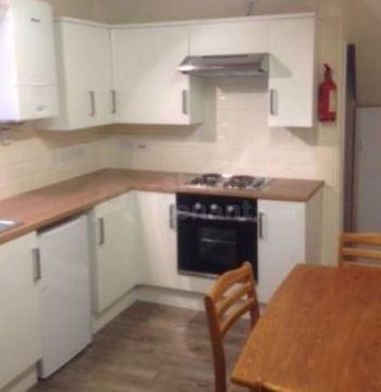 Thumbnail Shared accommodation to rent in Churton Road, Chester, Cheshire West And Chester