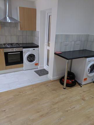 Room to rent in Plashet Grove, Upton Park London E6