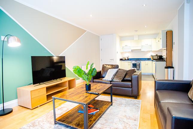 Thumbnail Flat to rent in Saffron Hill, London, Elondon