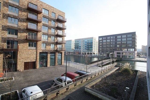 Thumbnail Flat to rent in Albert Basin Way, London