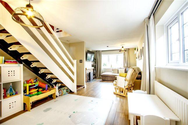 Lounge Alt of Brinns Cottages, Green Lane, Frogmore GU17