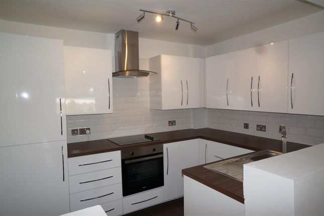 Thumbnail Property to rent in Heath Road, Chadwell Heath, Romford