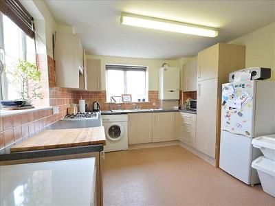 Kitchen of 7 Hardy Court, Weyhill Road, Andover SP10