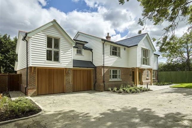 Thumbnail Detached house for sale in Perrywood Lane, Watton At Stone, Herts