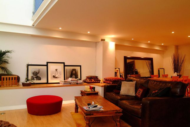 Thumbnail Property to rent in Southside Quarter, Battersea