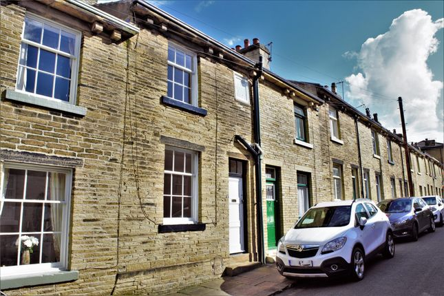 Thumbnail Terraced house to rent in Amelia Street, Shipley