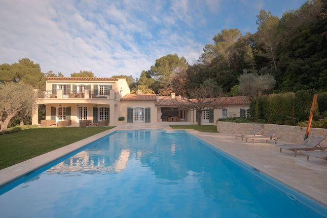 Villa for sale in Cannes, French Riviera, France