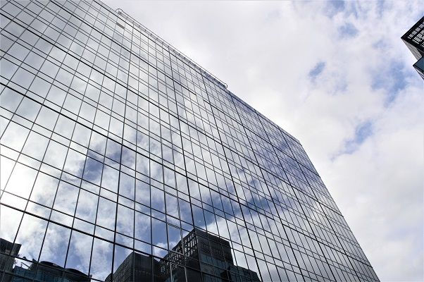 Thumbnail Office to let in Harbour Exchange Square, London