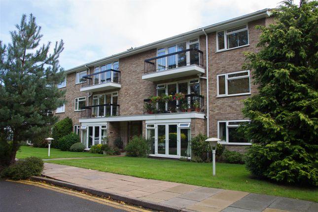 Thumbnail Flat for sale in Woodsome Lodge, Weybridge