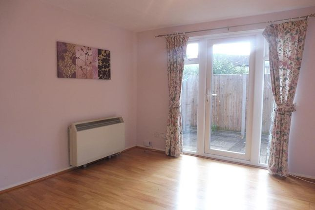 Thumbnail Maisonette to rent in Rosemont Close, Letchworth Garden City