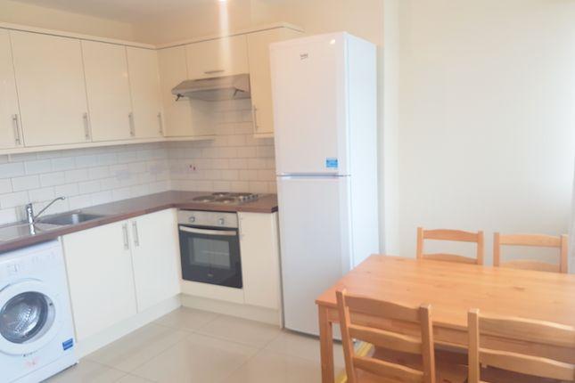 Thumbnail Flat to rent in Olney Road, Kennington