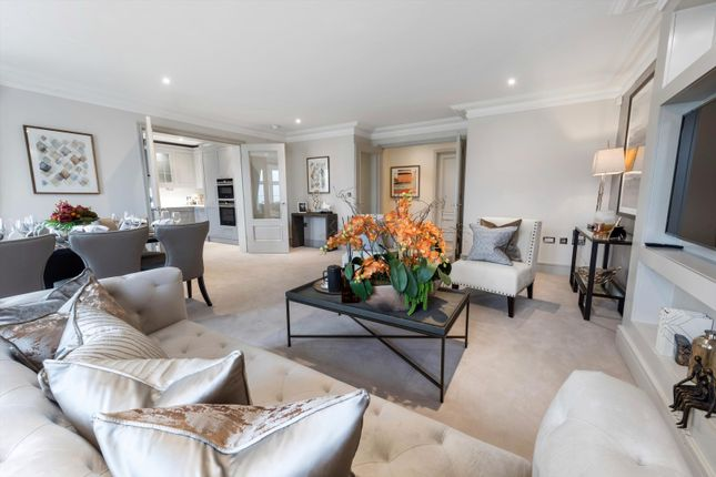 Thumbnail Flat for sale in The Crown Apartments, Kingswood, Kings Ride, Ascot, Berkshire SL5.