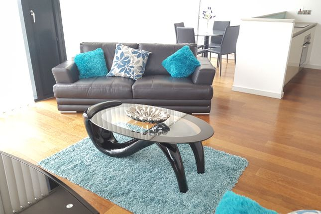 2 bed flat to rent in Deansgate, Manchester