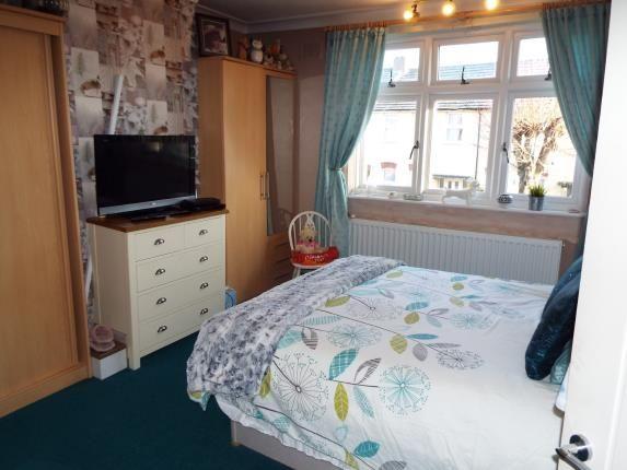 Bedroom 1 of Brooms Road, Luton, Bedfordshire LU2
