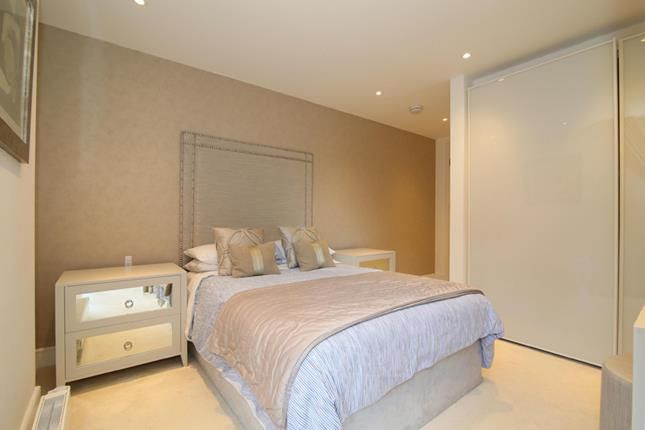Photo 7 of Tower View Apartments, St Katharines Way, London E1W